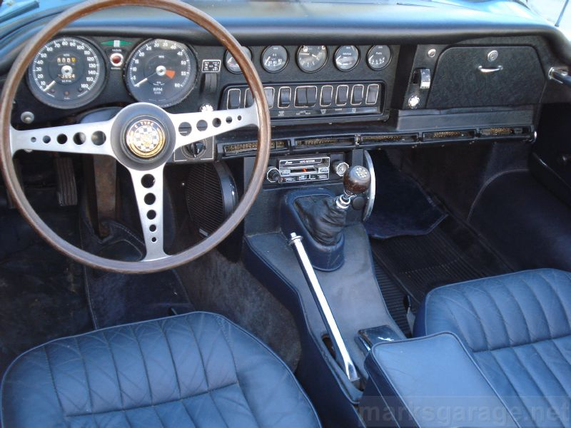 1968 Jaguar XKE Roadster interior