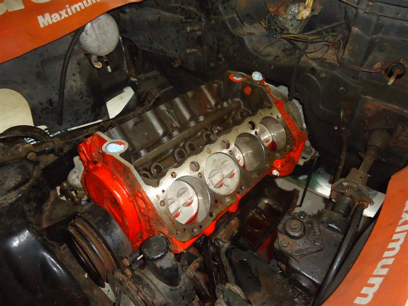 Corvette 327 engine disassembly