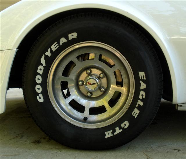 Goodyear Eagle GT2 on 1982 Corvette
