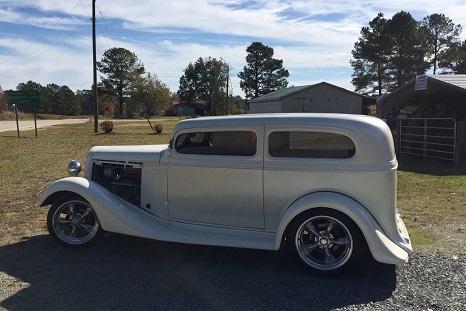 1935 chevy sedan street rod
