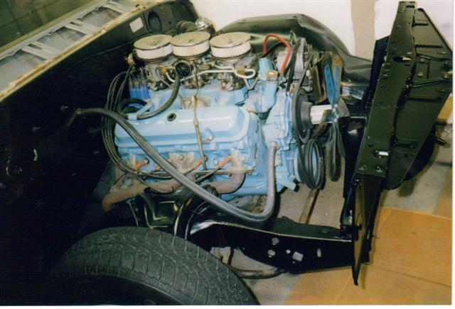 1965 Pontiac GTO 389 Tripower engine