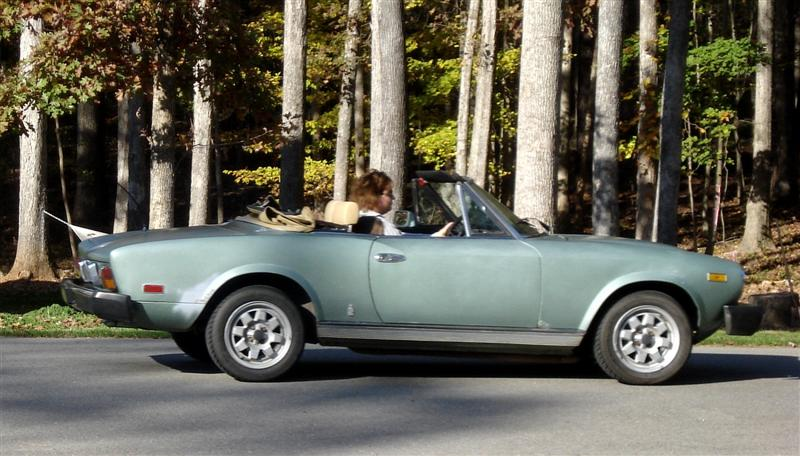 Fiat Spider restoration by Mark Trotta