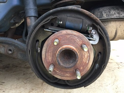 drum brake shoes overhaul
