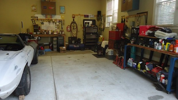 garage workshop for automotive repair